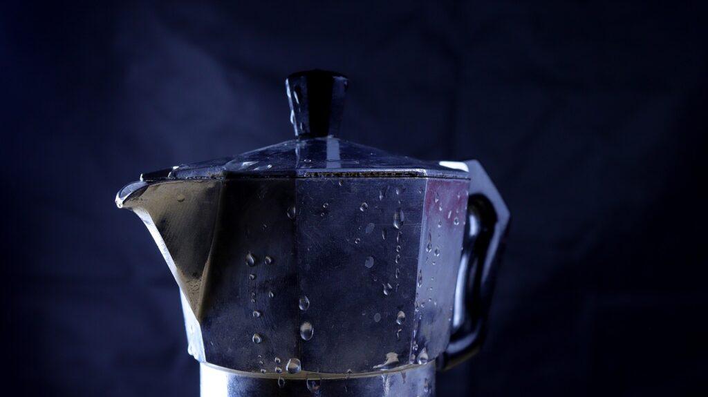 Ako pripraviť kávu v moka kávovare